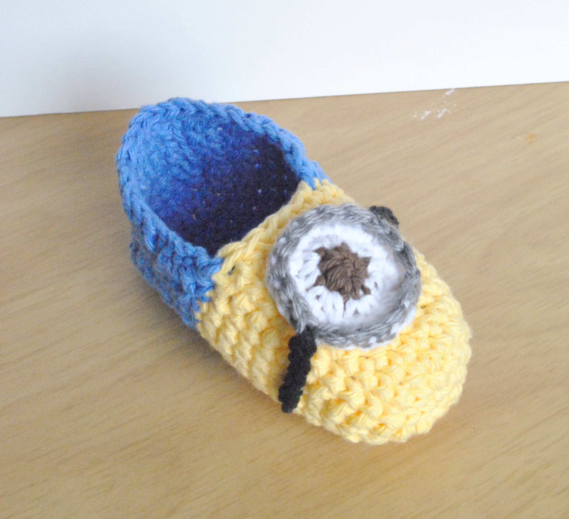 Free Crochet Pattern For Baby Minion Slippers : Minion inspired slippers Bowties and fezzes