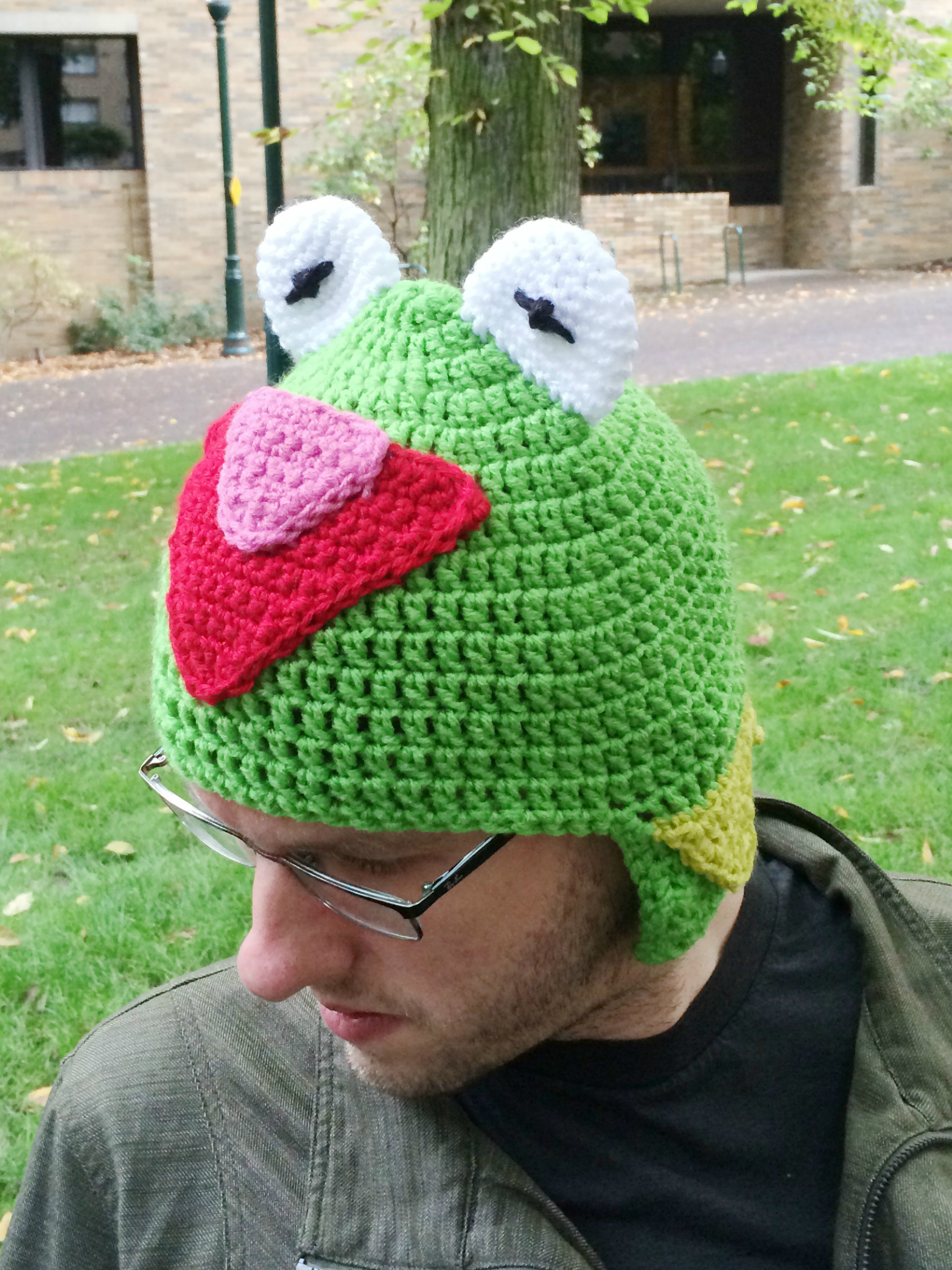 Kermit the frog crochet hat pattern Bowties and fezzes
